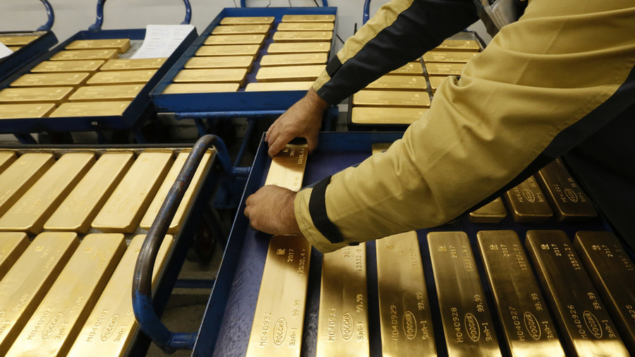 Russia stockpiles gold as Washington prepares to pile on new sanctions