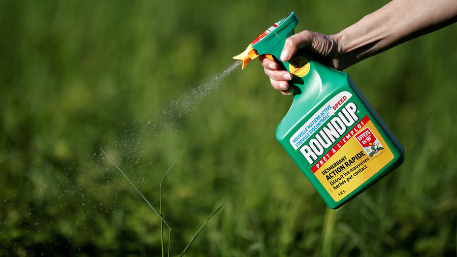 Bayer's Monsanto faces thousands of glyphosate cancer-risk lawsuits
