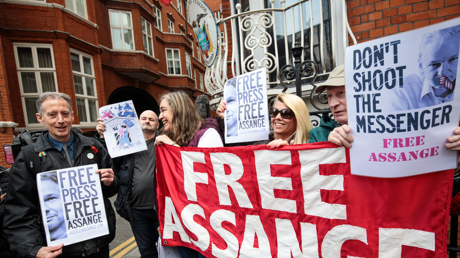 Former MI6 spy v WikiLeaks editor: Who really deserves 1st Amendment protection?