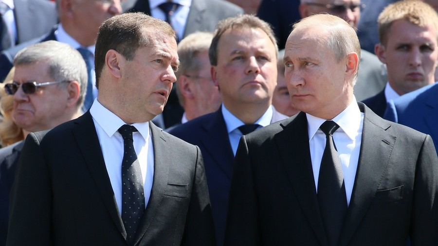 Putin in constant contact with PM Medvedev, Kremlin states amid reports of injury