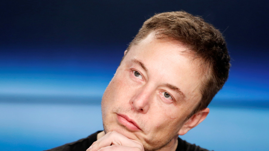 Elon Musk & Tesla directors 'agree' to keep company public
