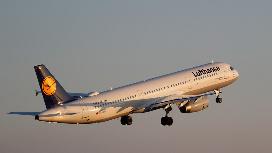 Former pro boxer takes down 'wannabe hijacker' on Lufthansa flight
