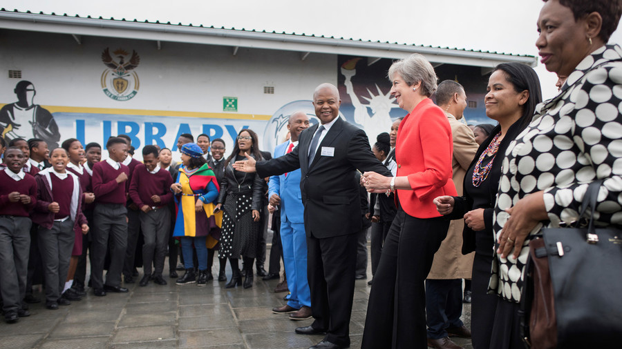 Maybot strikes again: Watch the PM's cringeworthy dancing in South Africa