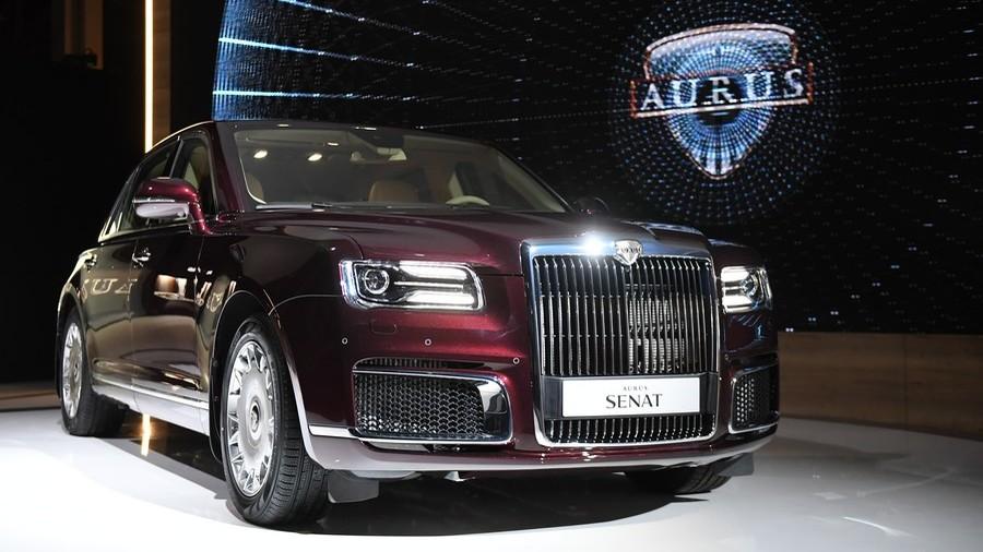 Putin's car producer to roll out Aurus cabriolet for 2020 V-day parade (PHOTOS)