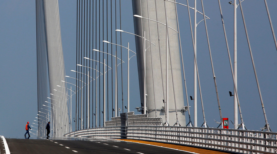 Satellite shots show epic scale of world's longest oversea bridge (IMAGES)