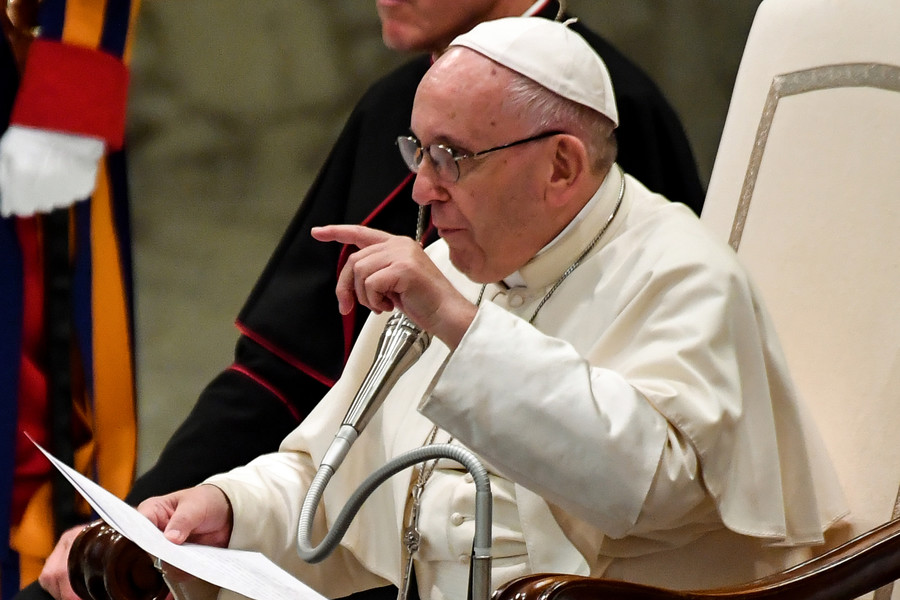 Pope changes Catholic Church teaching on death penalty, brands it 'inadmissible' & wants abolition