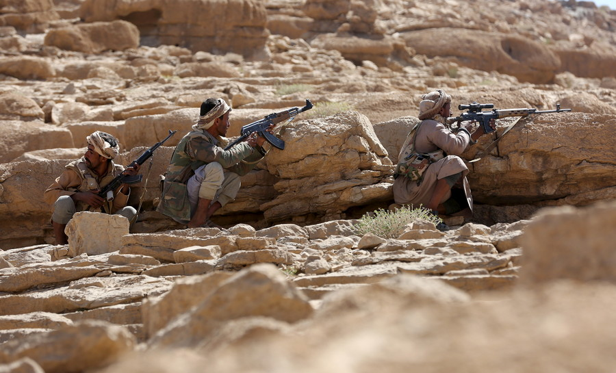 Saudi-led coalition 'victories' achieved by striking deals with Al-Qaeda in Yemen - AP report