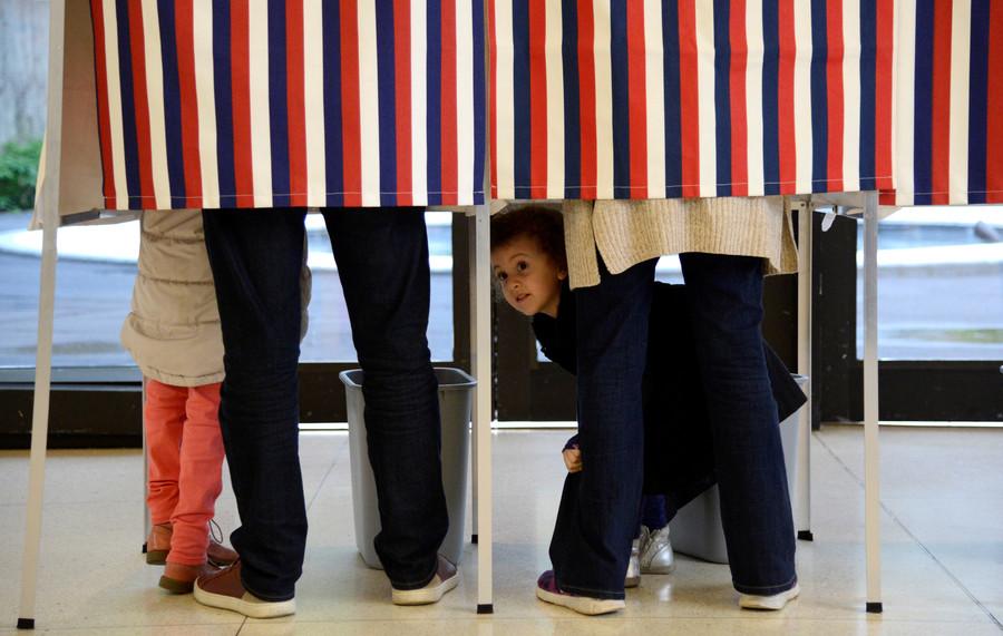 'Impostor!' Voters baffled as Ron Estes faces Ron Estes in Kansas primary