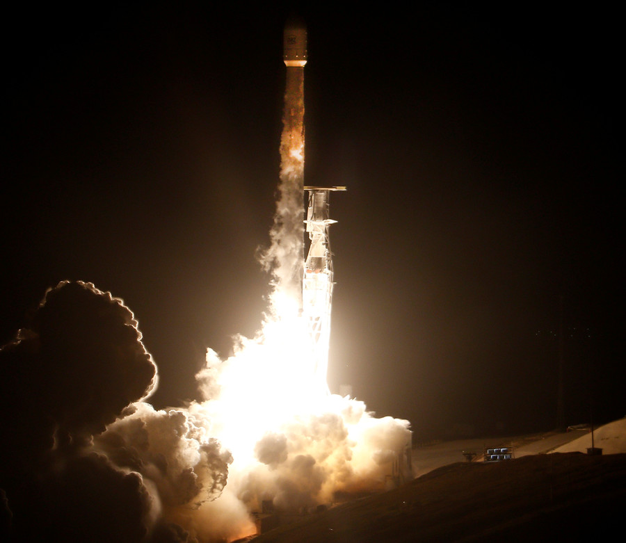 Mattis calls space a 'developing war zone,' mulls creating combatant command before Space Force