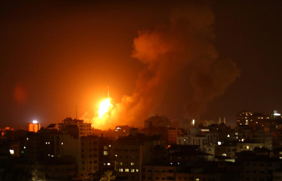 Israel strikes 140 Gaza targets in response to 150 Hamas rockets (VIDEO)