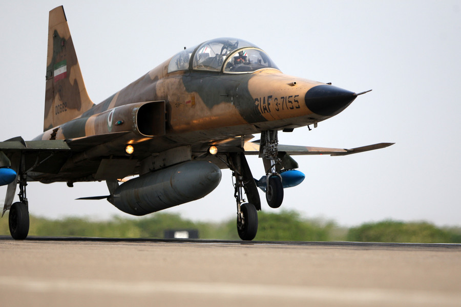 Iranian F-5 fighter jet crashes at air base, killing one pilot