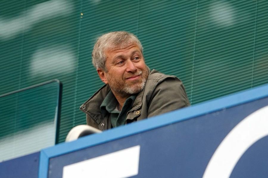Abramovich prepared to consider $3bn Chelsea offers – reports