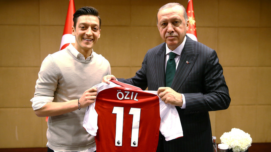 Loew rejects Ozil's accusations of racism in German FA