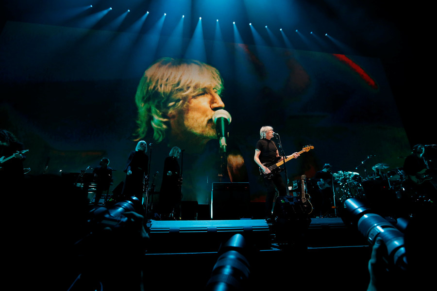 'Criminal' Roger Waters blacklisted by Ukraine over Russian interviews