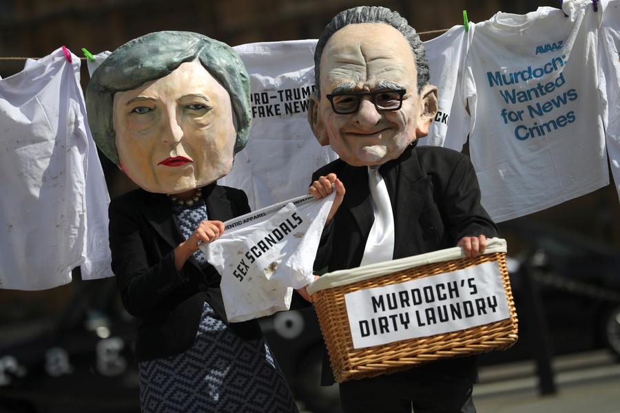 Press barons, including Rupert Murdoch, could get public money following govt review