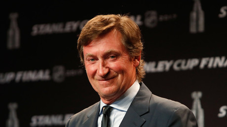 Ice hockey legend Gretzky to take up new role at Chinese KHL club