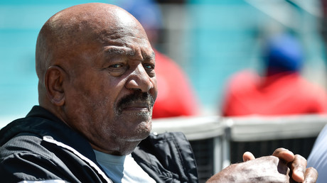 5b6b1c5afc7e93aa098b458a 'I will always respect the flag' – NFL legend Jim Brown on anthem protests