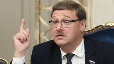 Chairman of the Federation Council Committee on Foreign Affairs Konstantin Kosachev during a meeting with US arms control experts © Vitaliy Belousov