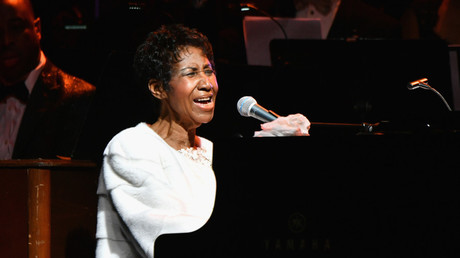 'We've lost an American treasure': Tributes pour in for 'Queen of Soul' Aretha Franklin (LIVE)