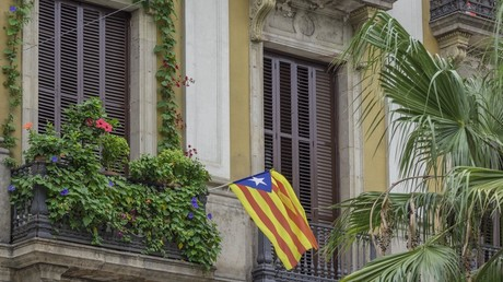 'What imbeciles': Public slams Barcelona posters calling for Brits to 'practice balconing'
