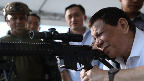 Duterte rejects 'imposed friendship' & questions US reputation as 'peerless' arms supplier