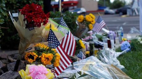 Trump under fire for 'disrespect' & for shelving prepped WH remarks praising 'national hero' McCain