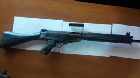 Fake FN FAL rifle. © Policía Nacional
