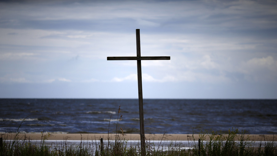 Child killed in Florida as storm Gordon makes landfall west of Alabama-Mississippi border (VIDEOS)