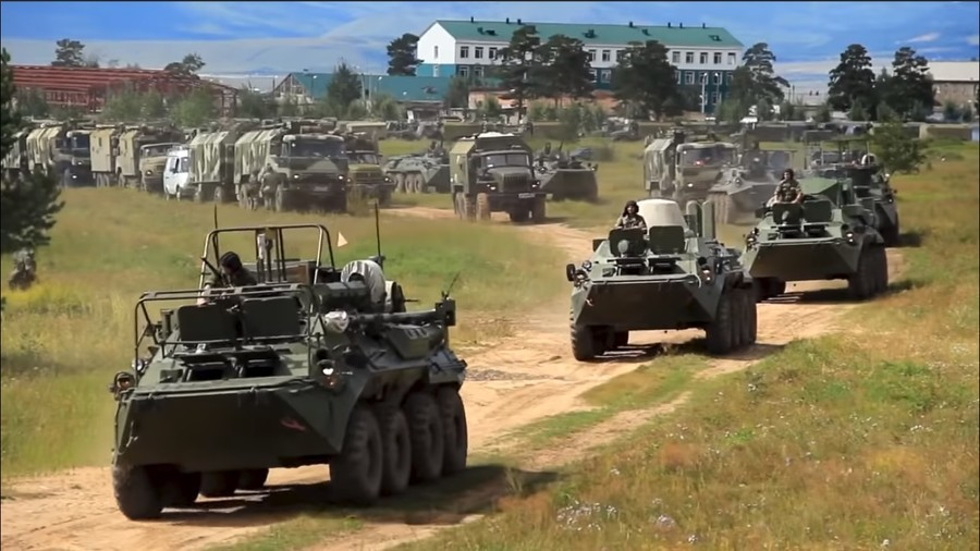 300k troops & thousands of war machines: Russia starts biggest military drill in decades (VIDEO)