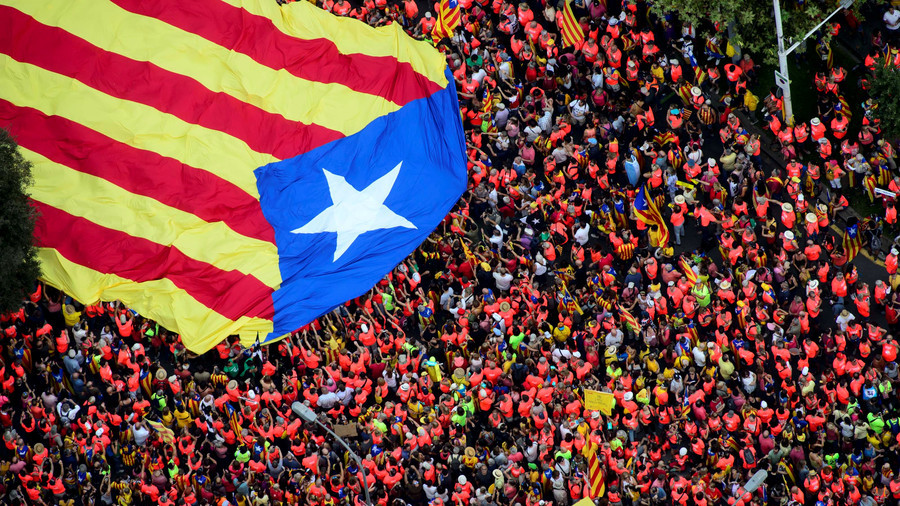1mn march for Catalonia's independence as referendum anniversary nears (PHOTOS)