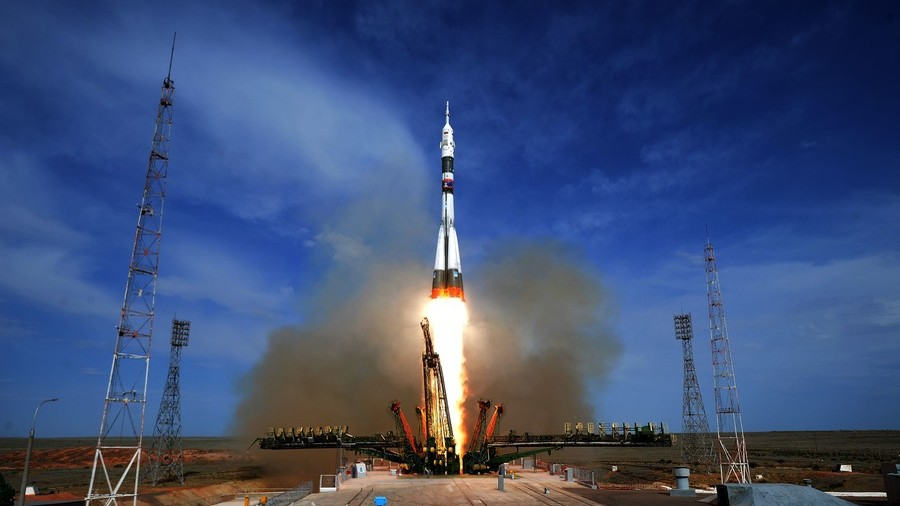 Russian cosmonaut shows hole in ISS, assures all are in place