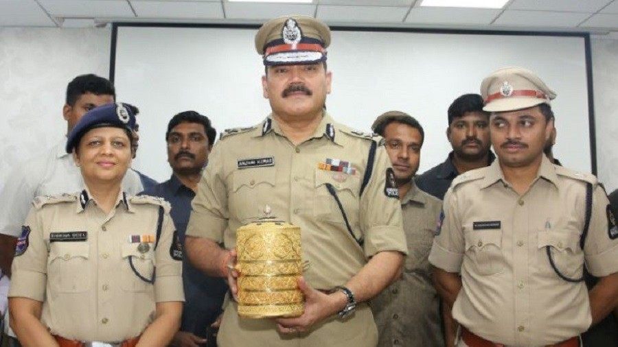 'Wannabe royal' thieves eat out of stolen gold tiffin box belonging to former Indian monarch