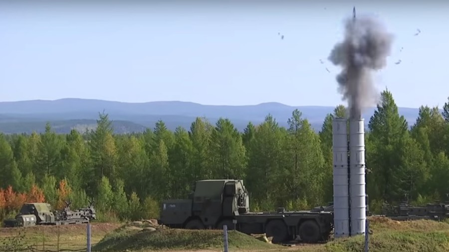 WATCH Russian S-300 fire missiles at Vostok 2018 military drills (VIDEOS)