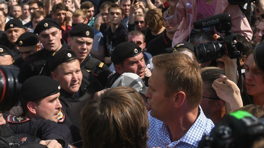 Navalny completes civil detention to face new charges of violating law on rallies