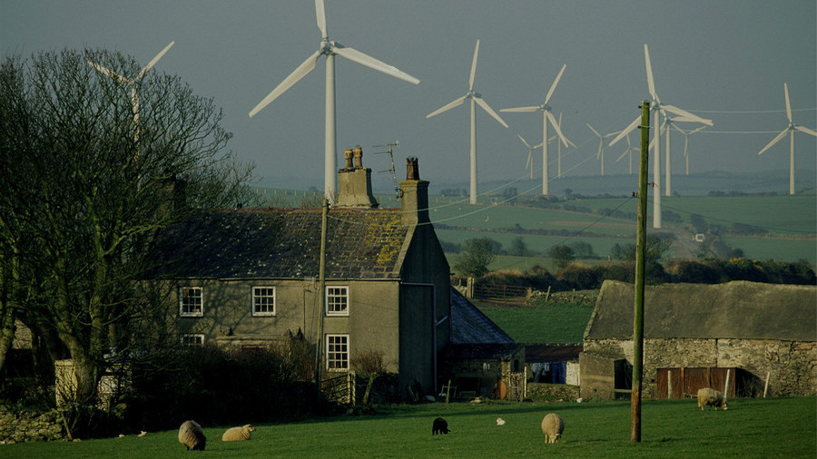 Renewables share in UK's power generation hits record high