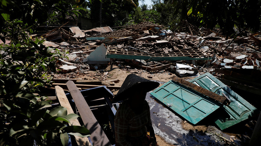 Indonesian quake and tsunami devastates coast, many victims