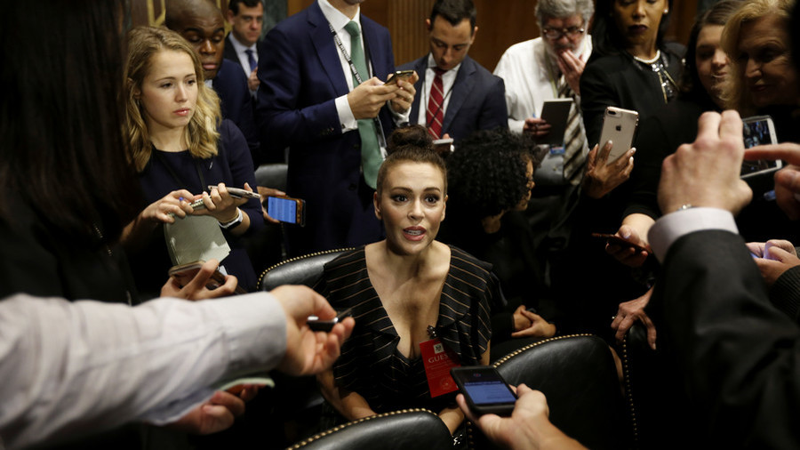Alyssa Milano's dress at Kavanaugh hearing sparks Twitter firestorm as trolls take aim at her outfit