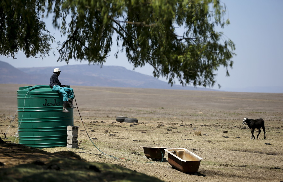 Black South African farmer urges parliament to drop land seizure plans