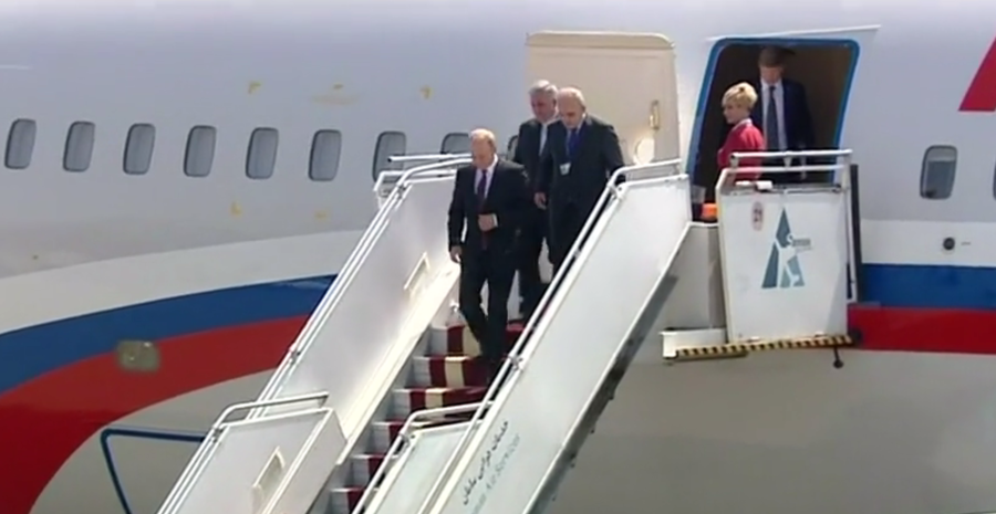Putin arrives in Tehran for trilateral talks on Syria's fate (VIDEO)