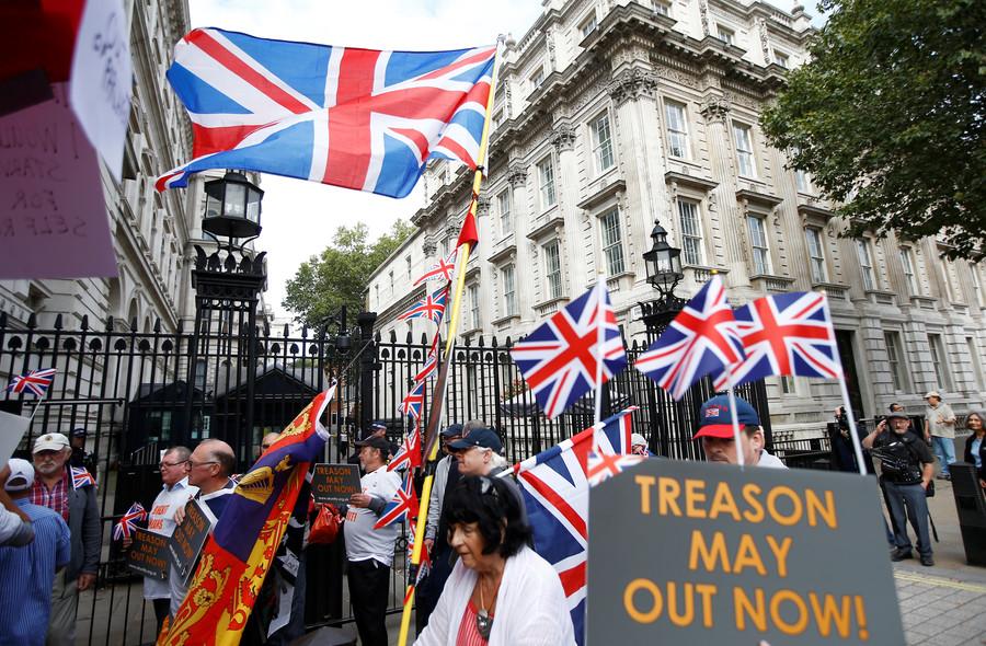 'Detonator handed to Brussels': Boris Johnson calls May's Brexit plan 'suicide vest'