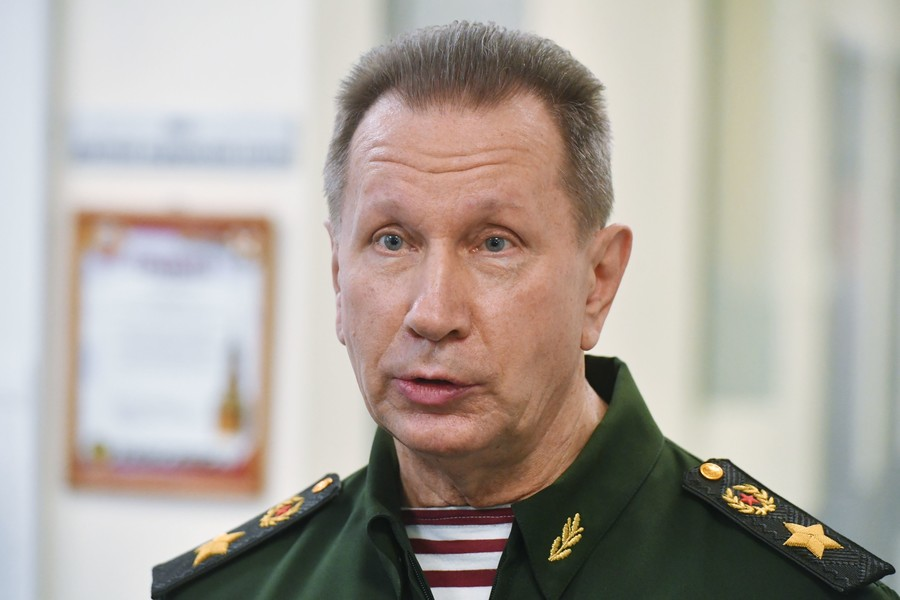 National Guard commander challenges opposition figure Navalny to hand-to-hand fight