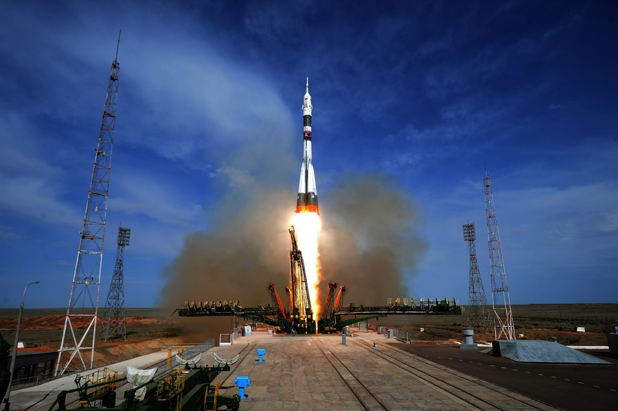 ISS hole rumors undermine relations among crew, Russian space boss warns