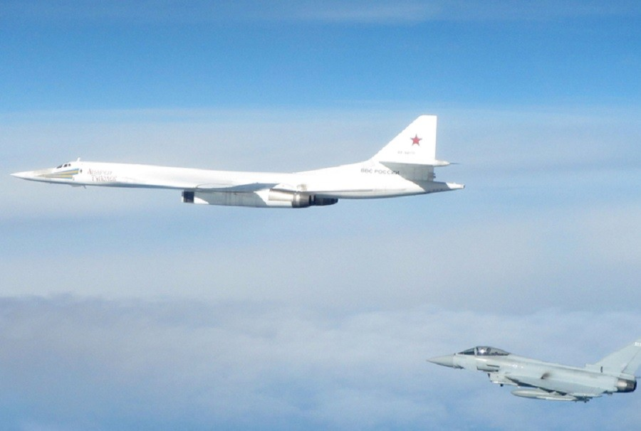 UK boasts of securing its skies from 'aggression'… by peeking at Russian bombers in int'l airspace