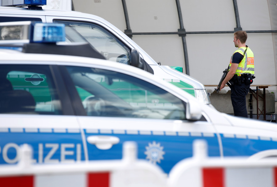 3 people seriously injured after being stabbed in Ravensburg, Germany