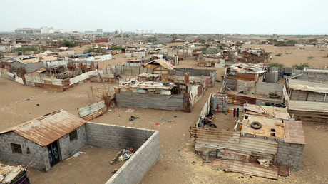 Saudi-led coalition launches large-scale assault on Yemen's vital port of Hodeidah