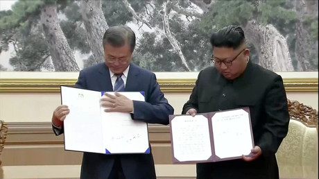 Korean defense chiefs sign 'military pact' after Kim & Moon adopt denuclearization roadmap