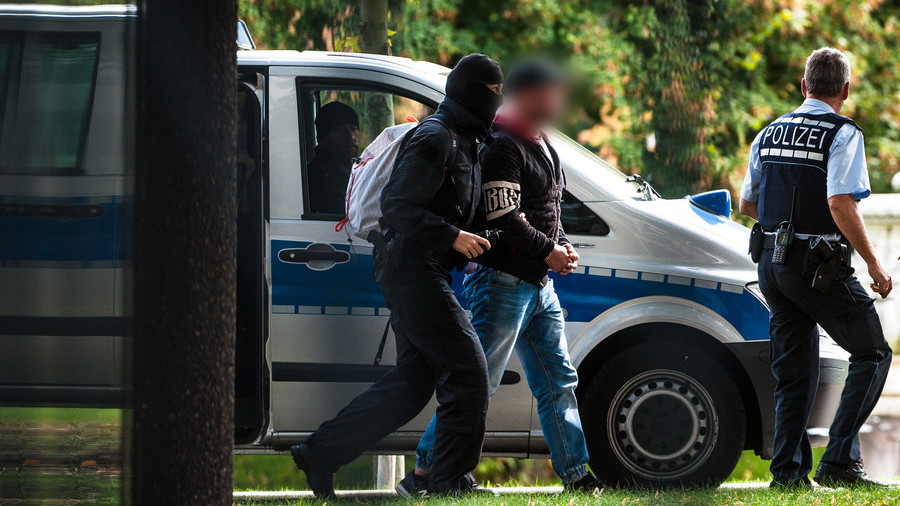 German police bust far-right terror cell plotting attacks on migrants & 'political enemies'