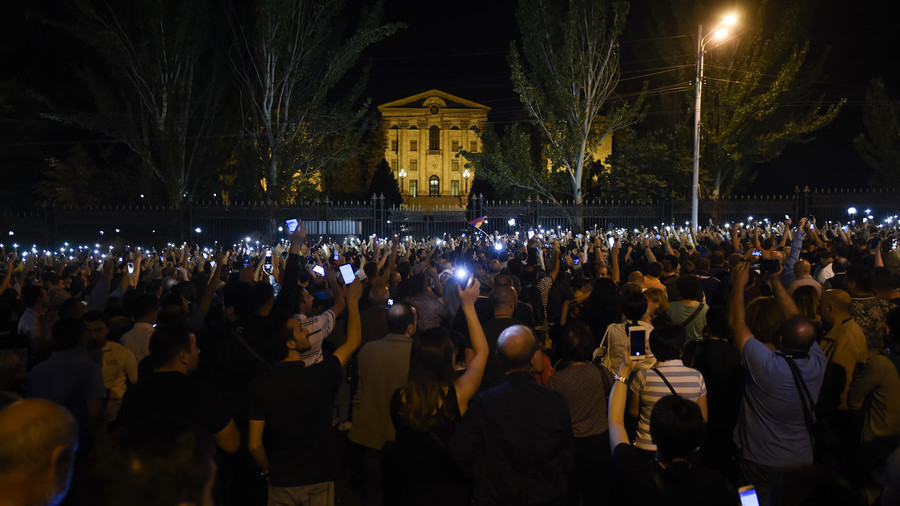 Massive protest blocks Armenian parliament as new PM blames opposition of 'counter-revolution'