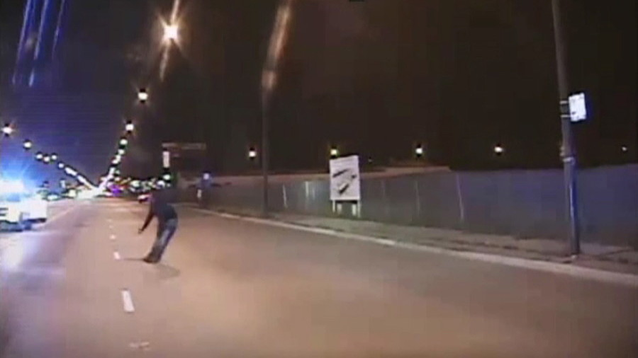 Jury finds Chicago police officer guilty of murder in Laquan McDonald shooting