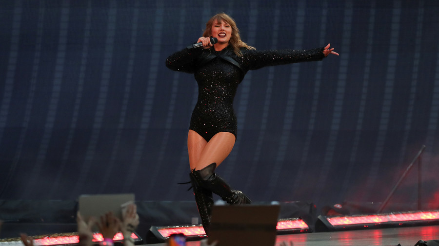Taylor Swift decides to Speak Now, endorses Dem who sided with Reps on Kavanaugh